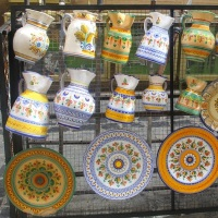 lead-paint-decorative-dishes